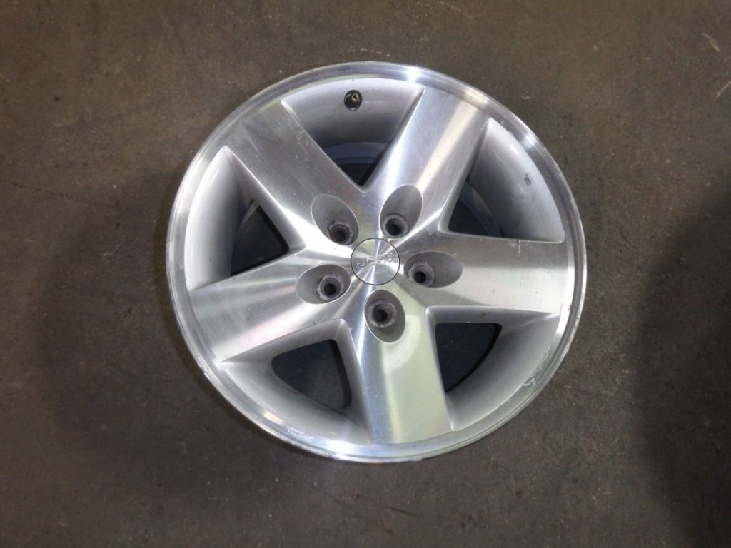 2003 Jeep Wrangler Rubicon TJ Spare Rim Machined Finish only used in 03 Image