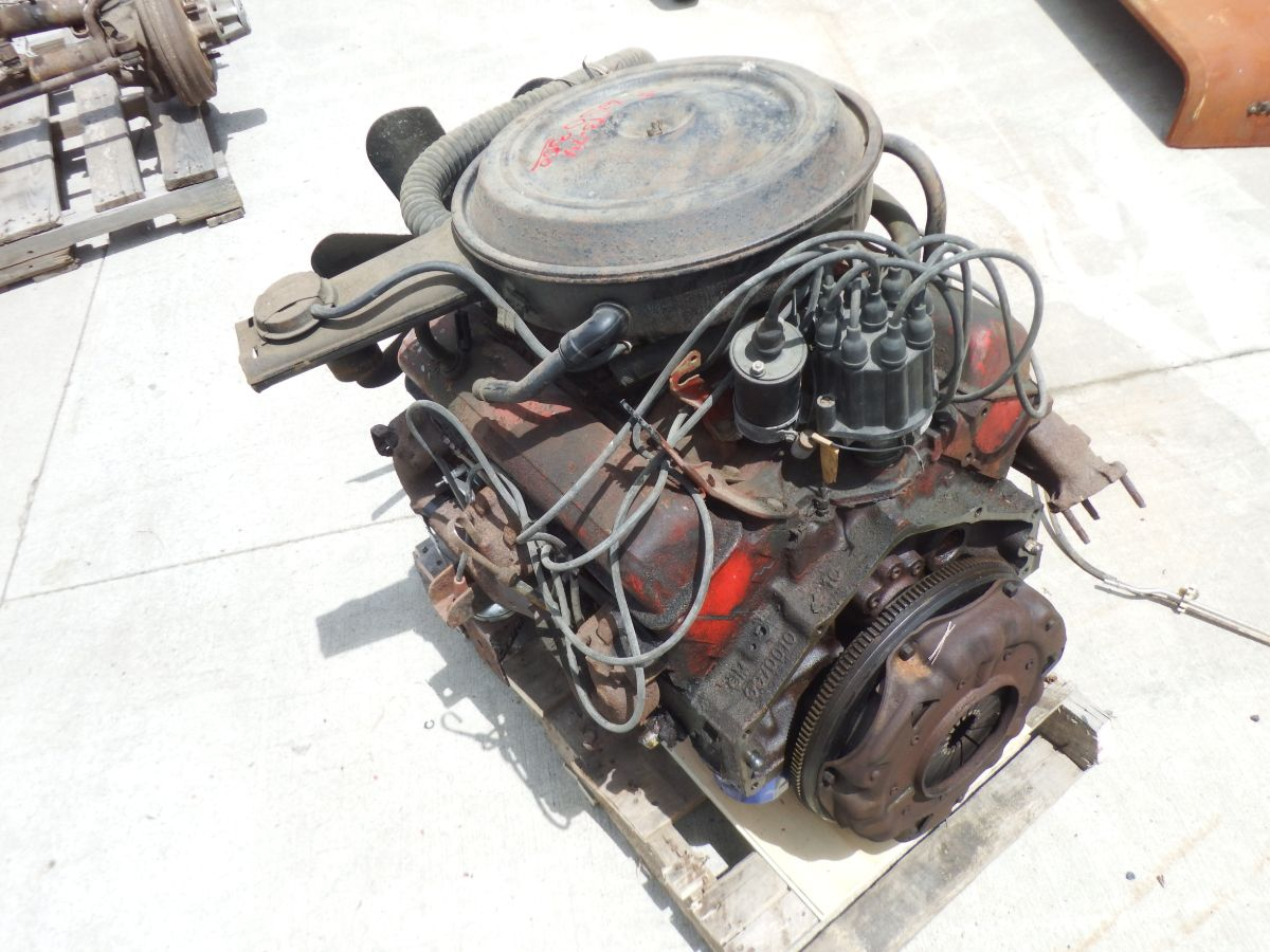 Chevy 350 V8 Engine Runs Good with Jeep CJ Engine Mounts Image