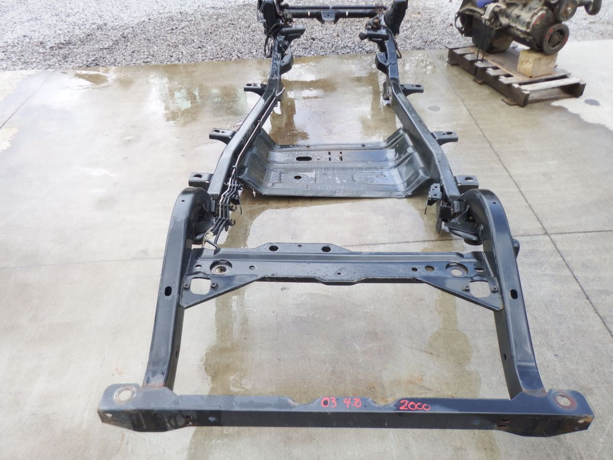03 Jeep Wrangler TJ 4.0 Frame Rust Free Image