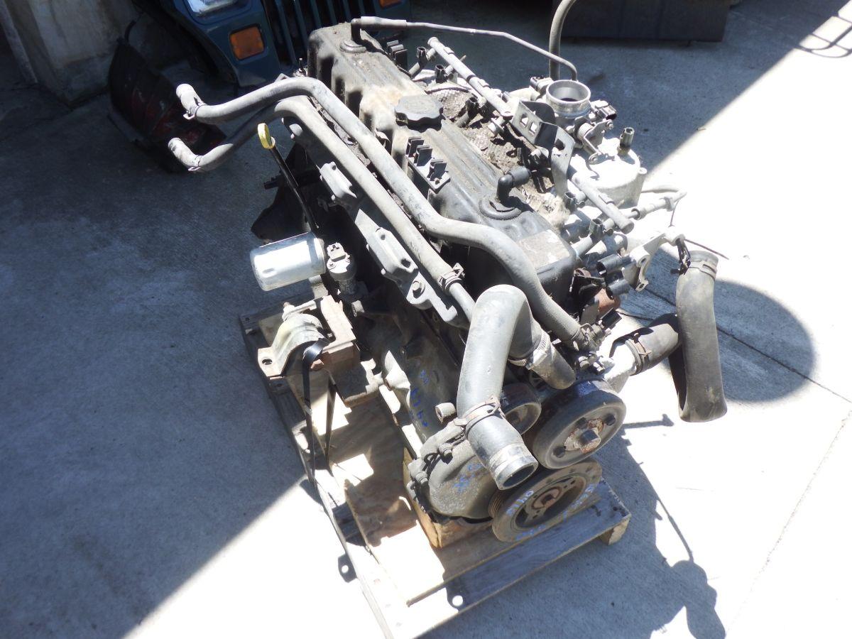 04 4.0 Jeep Wrangler TJ LJ Engine Runs Good 156k Miles Image