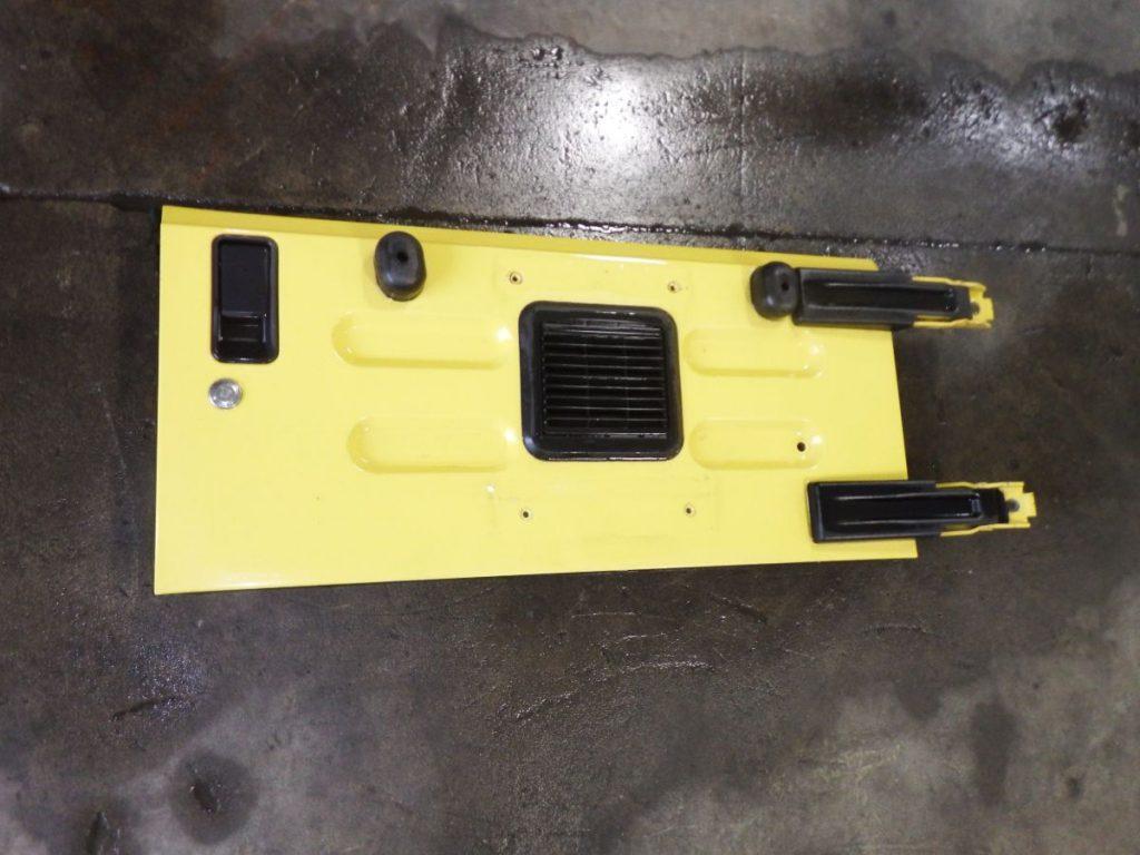03-06 Jeep Wrangler TJ LJ Tailgate Rust Free Yellow PYH Image