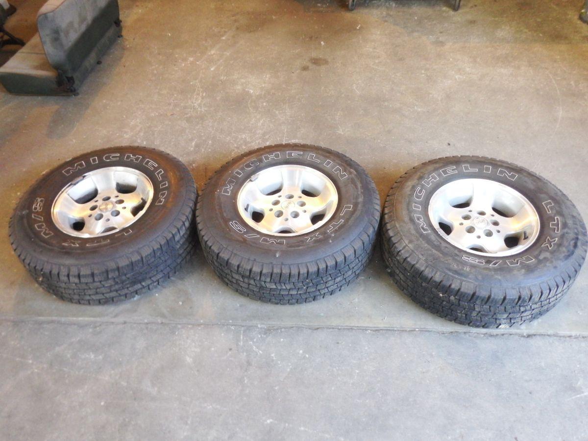 3 15x8 Canyon Rims 31x10.50 Michelin Tires Image
