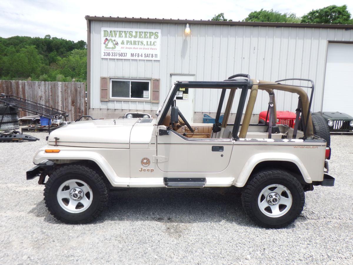 1995 Jeep Wrangler Sahara 4×4