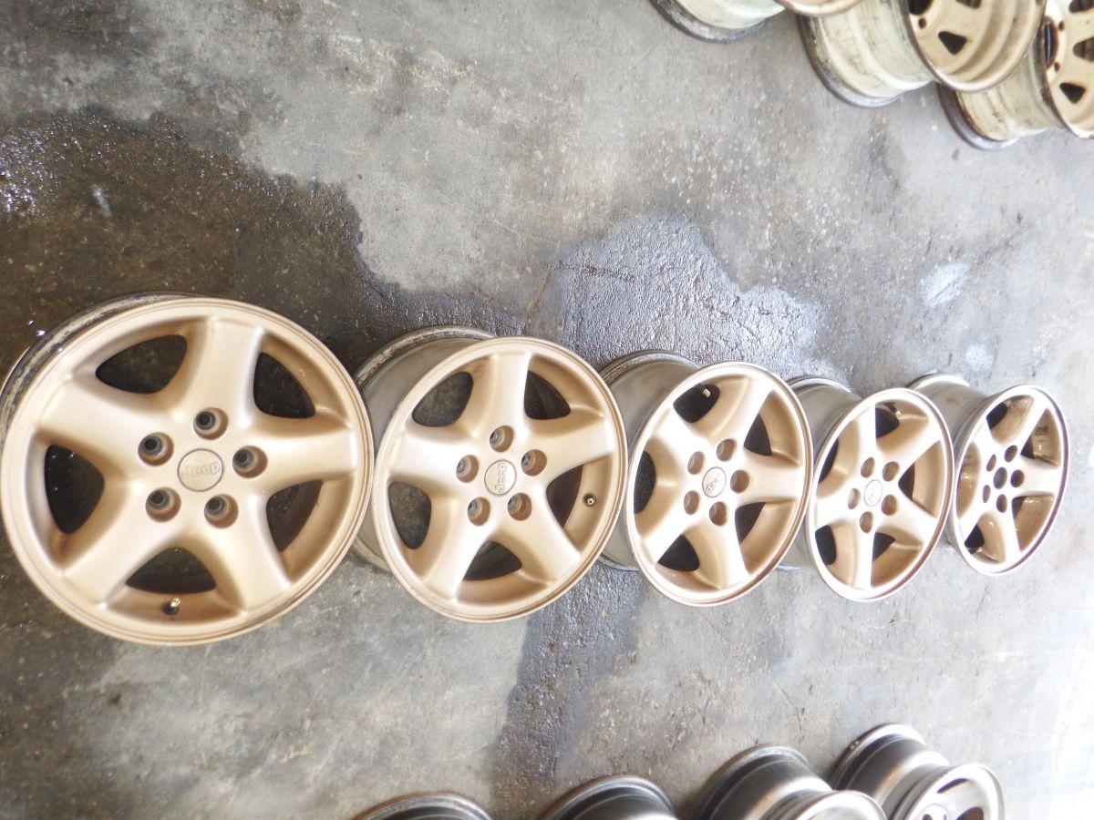 5 15x7 Jeep Ecco Wheels Gold Edition Nice Shape Image