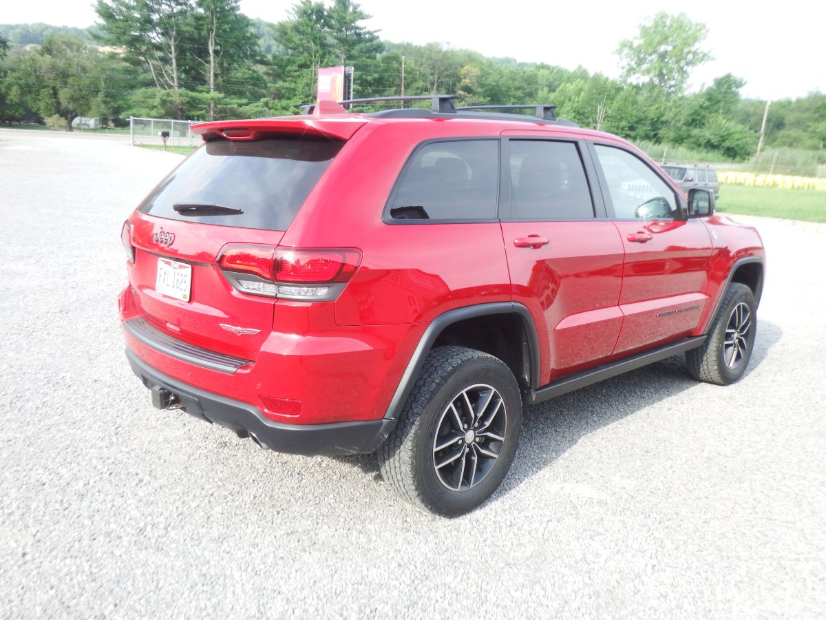 2018 Jeep Grand Cherokee Trailhawk 5.7 Hemi