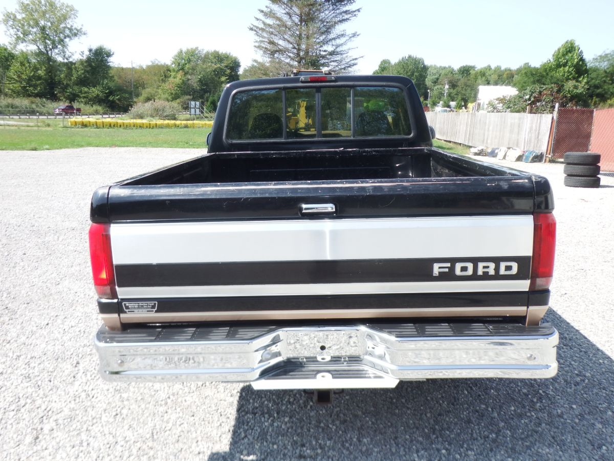1995 Ford F-150 4×4 Extended Cab Short Bed Eddie Bauer