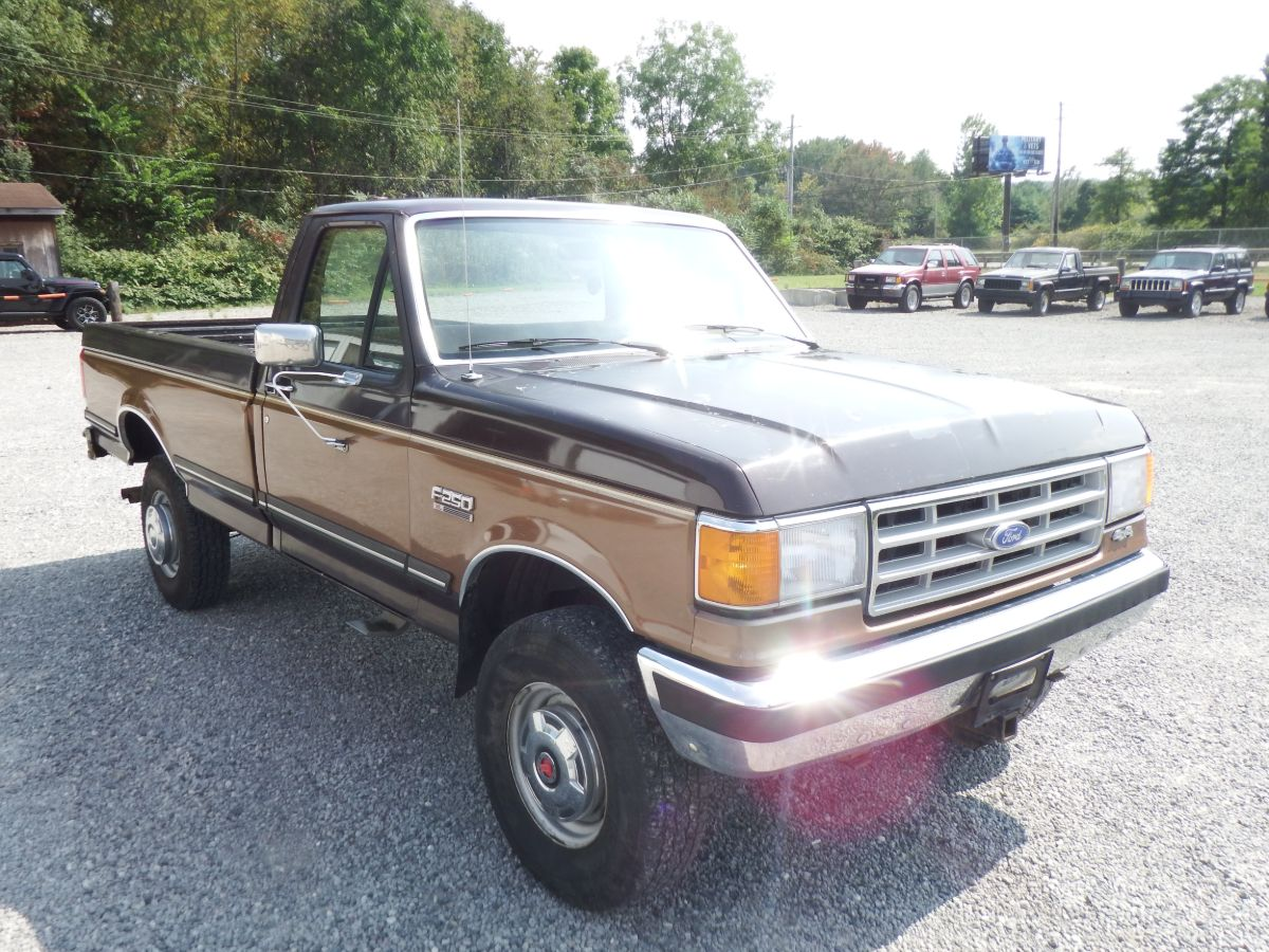 1988 Ford F-250 Long Bed 4×4