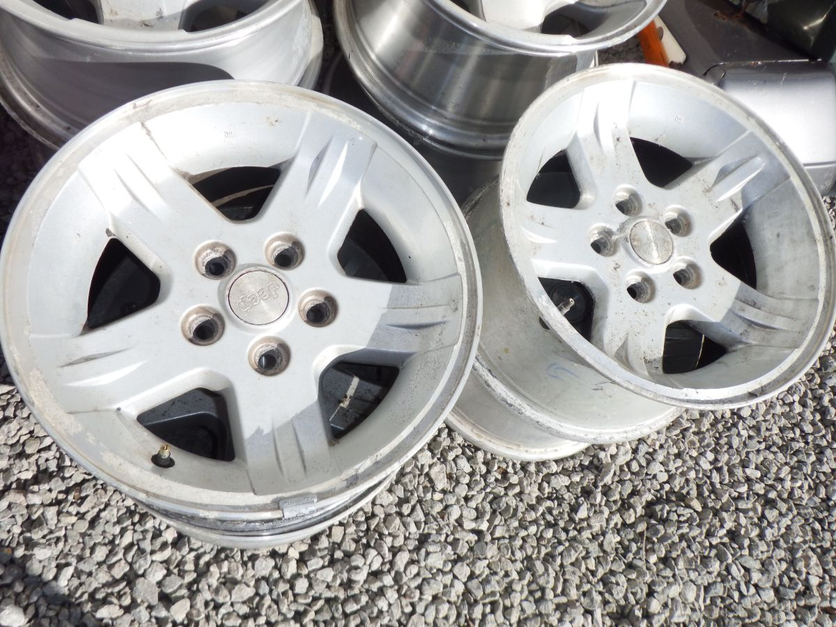 4 15x8 Ravine Rims Wheels 5 on 4.5 bp Image