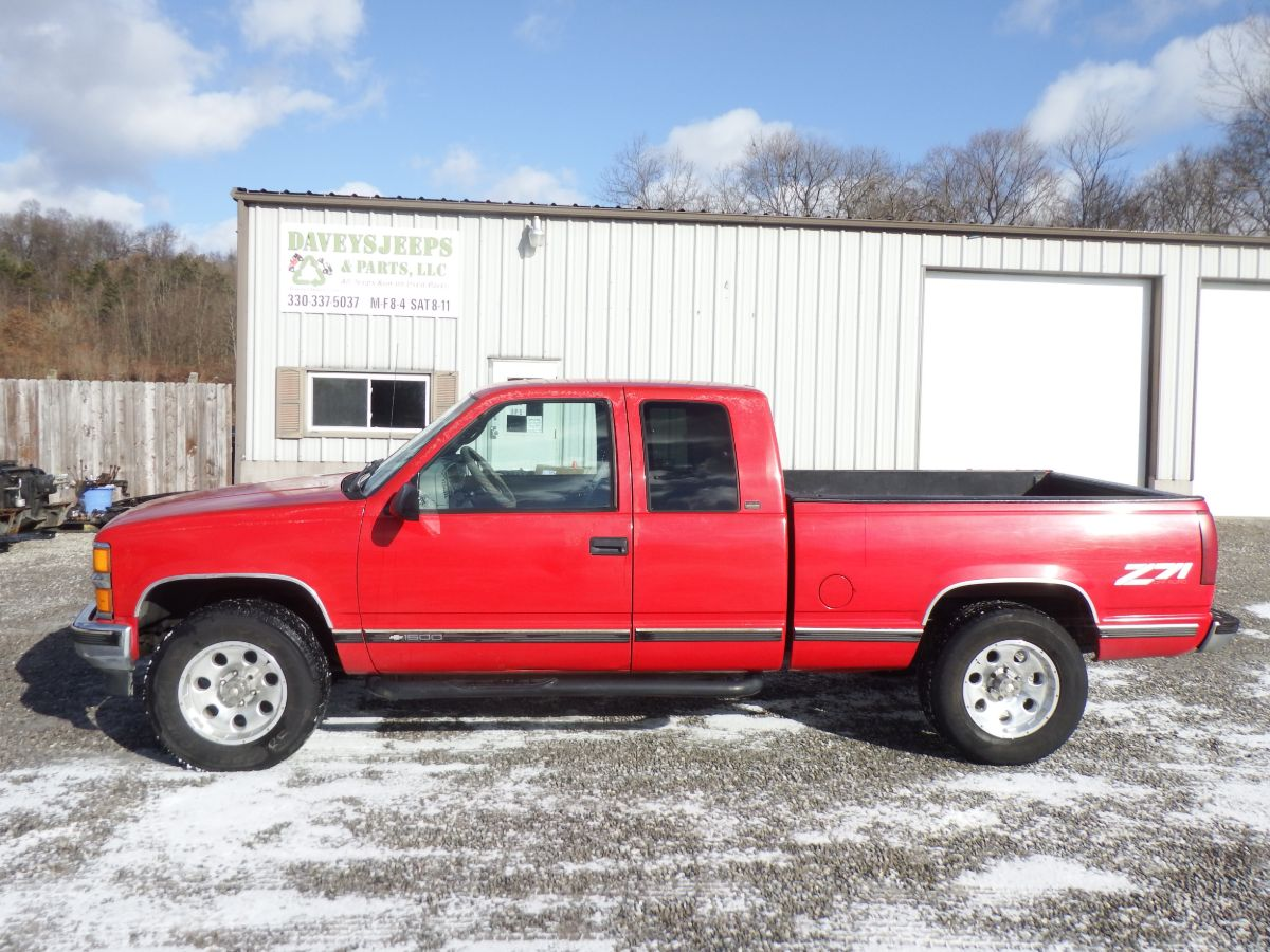 1997 Chevy K1500 3 Door Extended Cab Z71 4×4