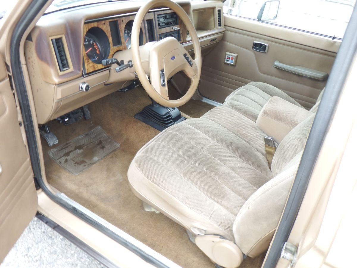 1988 Ford Ranger Extended Cab Short Bed XLT 4×4