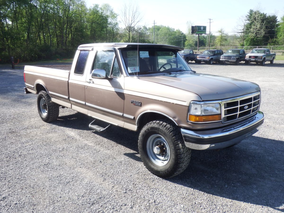 1992 Ford F-250 XLT Extended Cab Long Bed 4×4