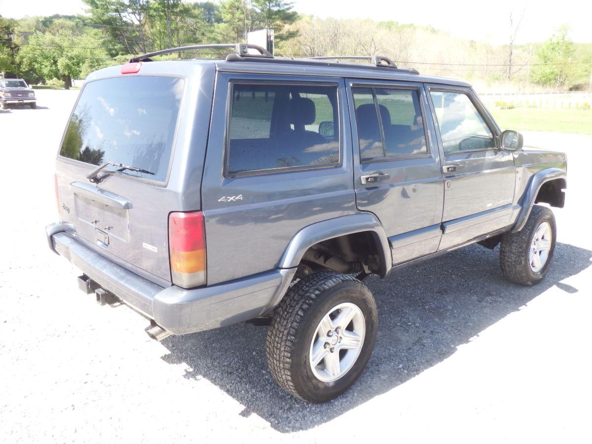 2001 Jeep Cherokee Limited 4×4