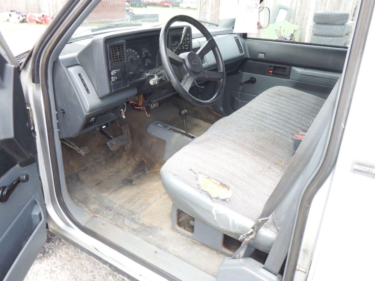 1988 Chevy K2500 3/4 Ton Regular Cab Long Bed 4×4