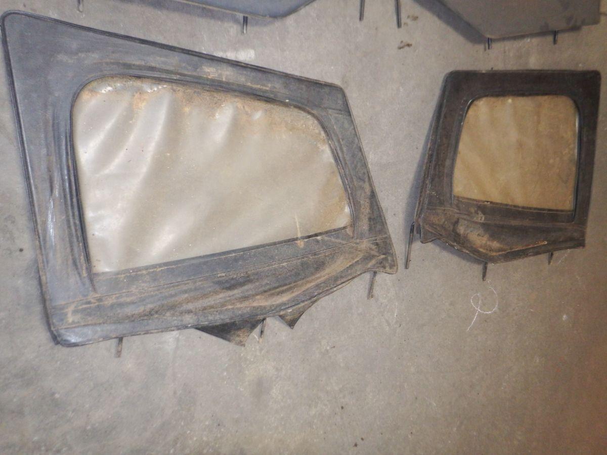 Pair 88-95 Jeep Wrangler YJ Half Door Upper Window Frames Image