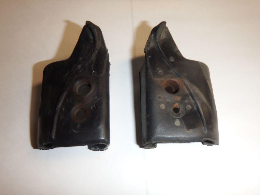 Pair 1997-06 TJ LJ Jeep Wrangler Door Surround Mucket Seals Image