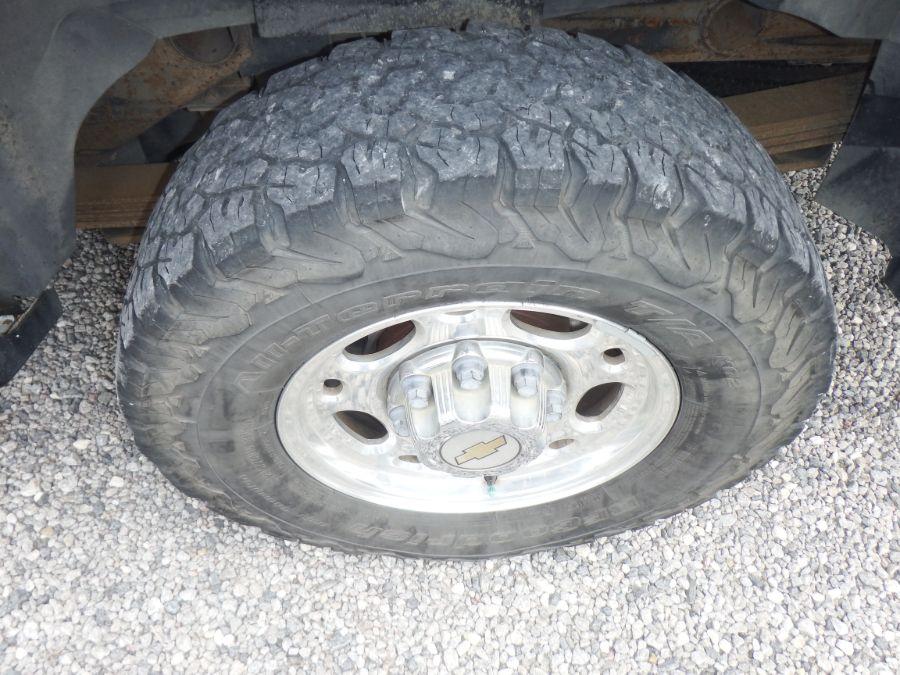 2000 Chevy K2500 Suburban 4X4