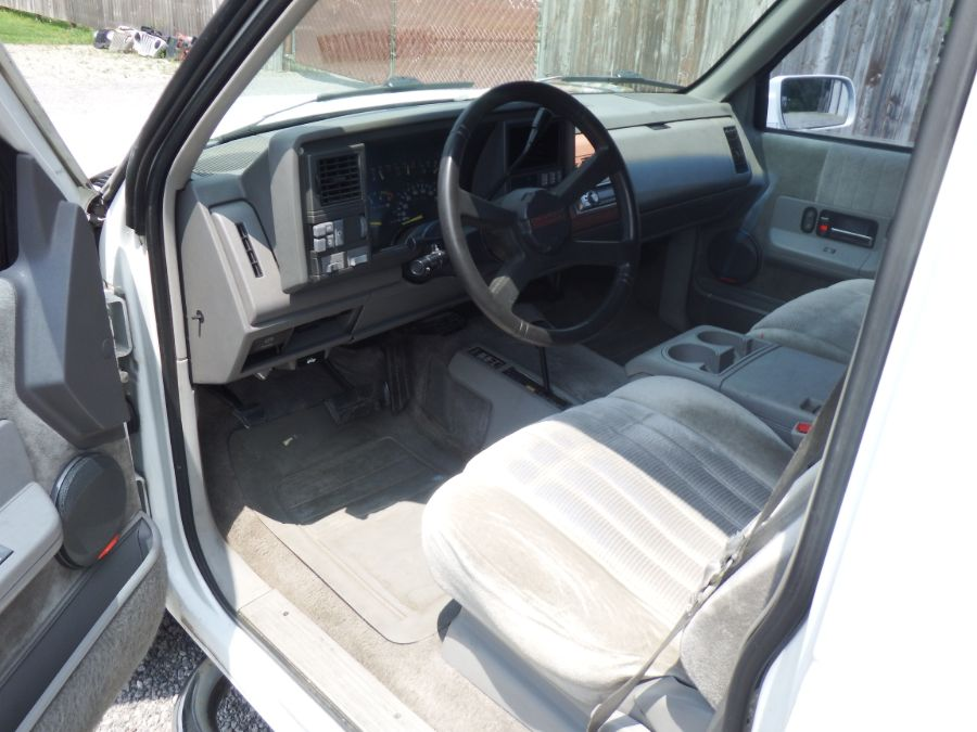 1993 Chevy Suburban K2500 3/4 Ton 4×4
