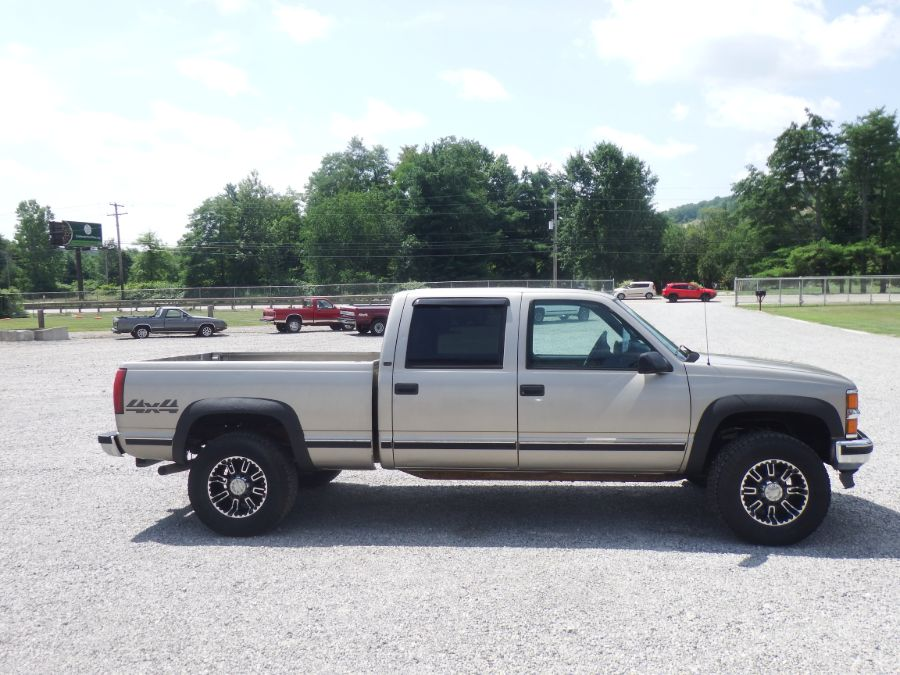 2000 Chevy K2500 Crew Cab Short Bed 4×4