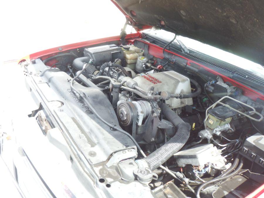 1997 Chevy K1500 HD Suburban 4×4 Turbo Diesel
