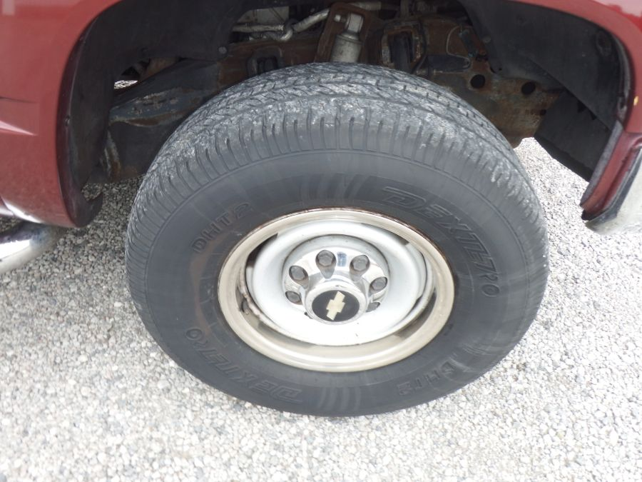 1997 Chevy Silverado K2500 3/4 Ton Heavy Duty Extended Cab Short Bed 4×4