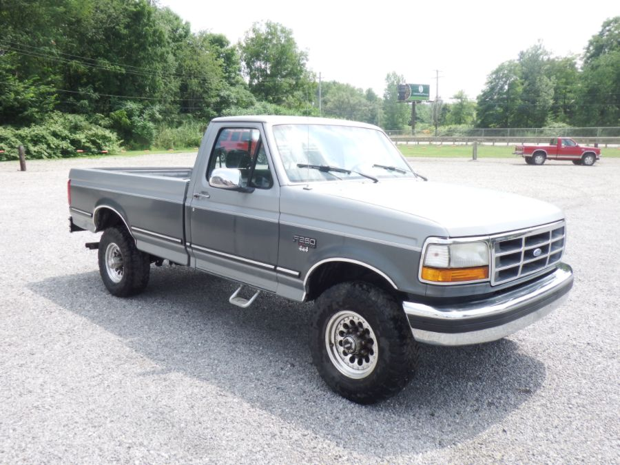 1995 Ford F-250 Regular Cab Long Bed 4×4