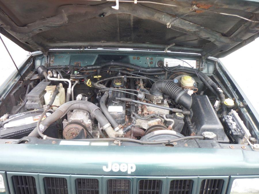 2000 Jeep Cherokee Sport 4×4